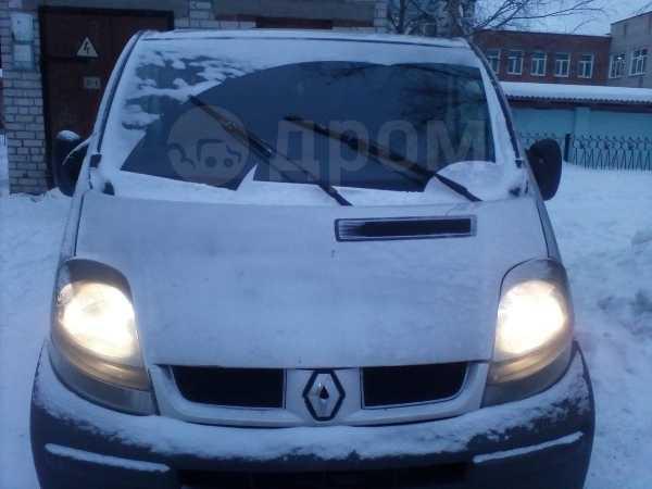 Renault Trafic, 2002 год, 580 000 руб.