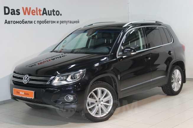 Volkswagen Tiguan, 2015 год, 1 195 000 руб.