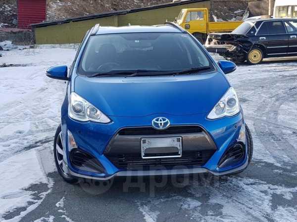 Toyota Aqua, 2015 год, 820 000 руб.