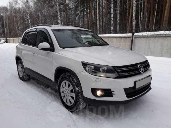 Volkswagen Tiguan, 2012 год, 688 000 руб.