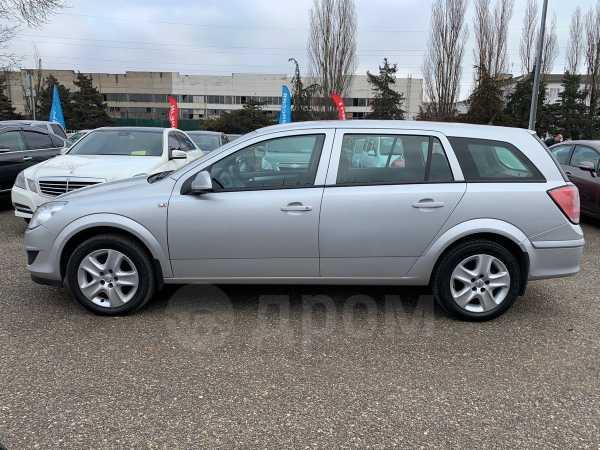 Opel Astra Family, 2014 год, 515 000 руб.