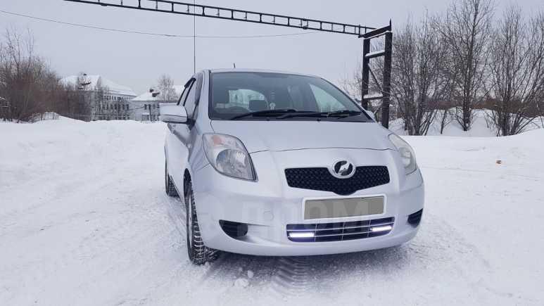 Toyota Vitz, 2005 год, 315 000 руб.