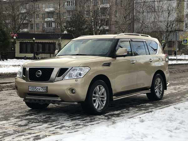 Nissan Patrol, 2011 год, 995 000 руб.
