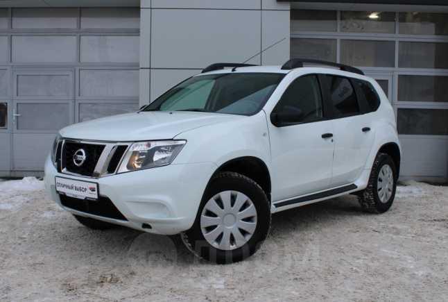 Nissan Terrano, 2015 год, 639 000 руб.