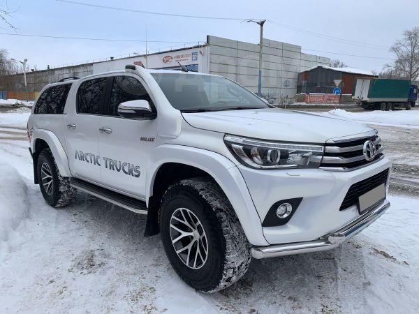 Toyota Hilux Pick Up, 2016 год, 2 700 000 руб.