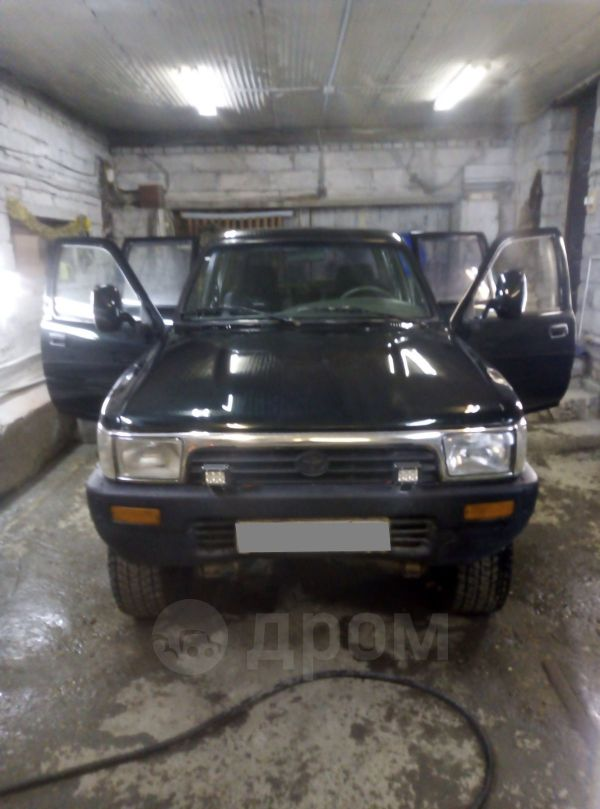 Toyota Hilux Pick Up, 1989 год, 380 000 руб.