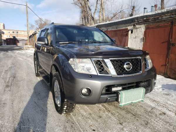 Nissan Pathfinder, 2010 год, 955 000 руб.