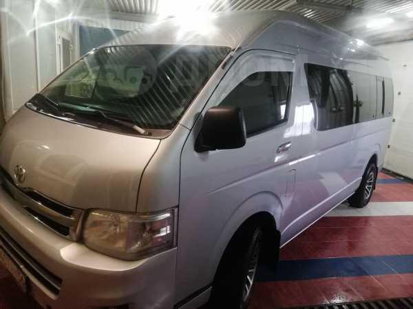 Toyota Hiace, 2012 год, 1 290 000 руб.