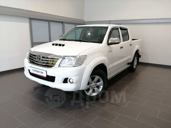 Toyota Hilux Pick Up, 2013 год, 1 080 000 руб.