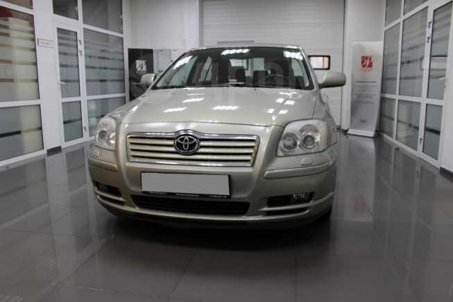 Toyota Avensis, 2006 год, 527 000 руб.