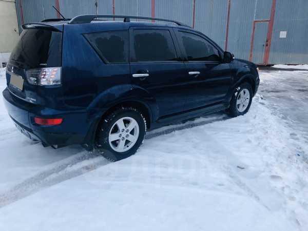 Mitsubishi Outlander, 2011 год, 678 000 руб.