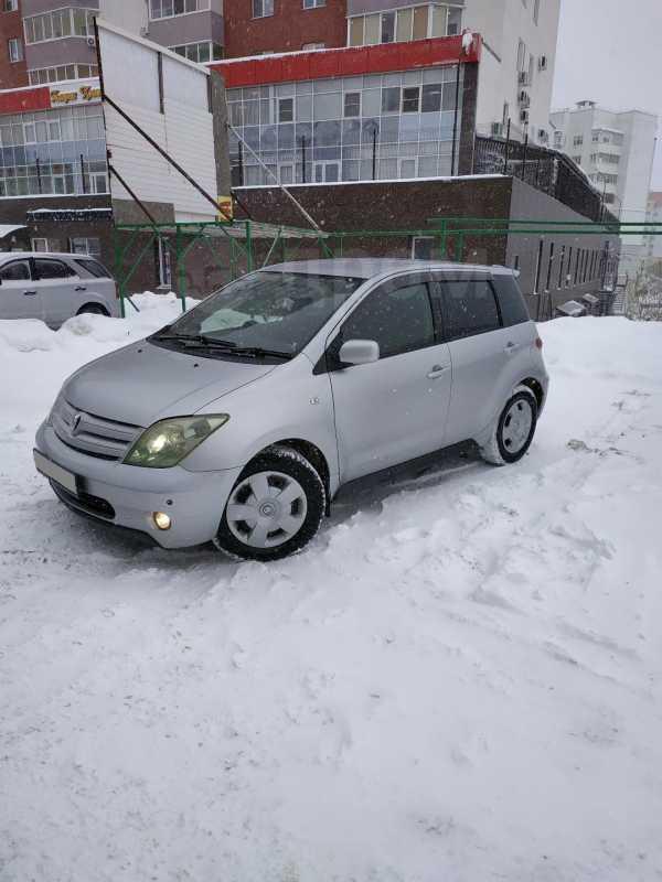 Toyota ist, 2003 год, 270 000 руб.