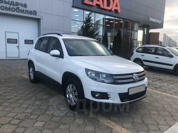 Volkswagen Tiguan, 2014 год, 730 000 руб.