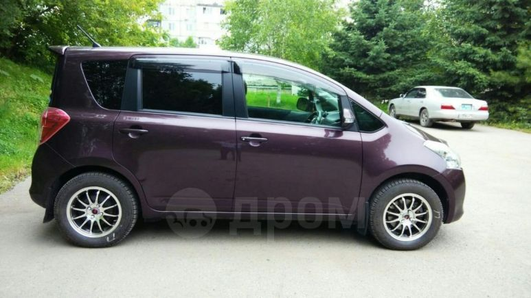 Toyota Ractis, 2010 год, 460 000 руб.