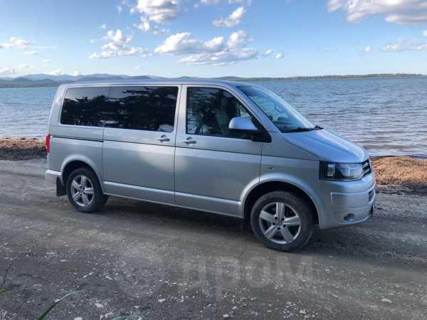 Volkswagen Multivan, 2015 год, 2 000 000 руб.