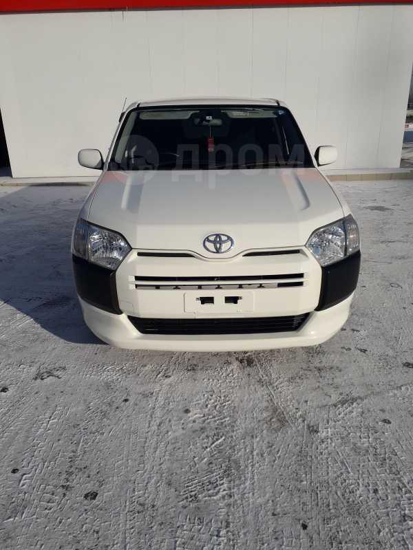 Toyota Probox, 2016 год, 555 000 руб.