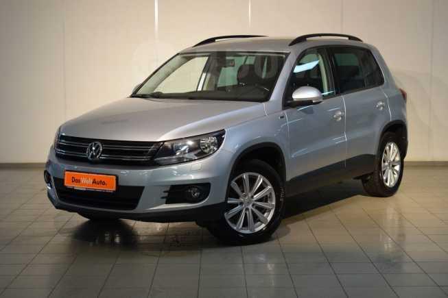 Volkswagen Tiguan, 2016 год, 895 000 руб.