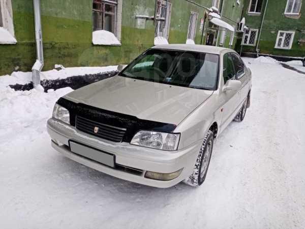 Toyota Camry, 1998 год, 210 000 руб.