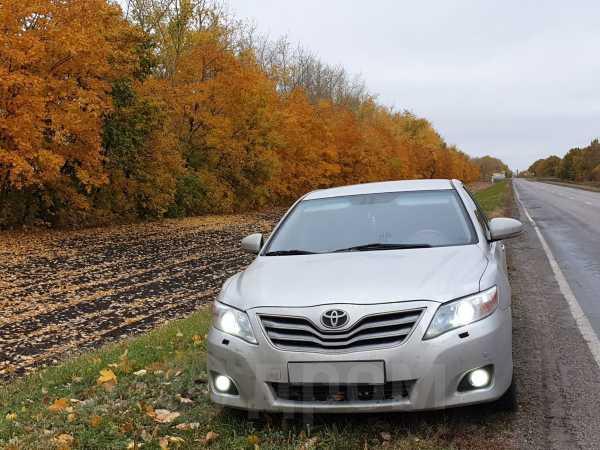 Toyota Camry, 2010 год, 600 000 руб.