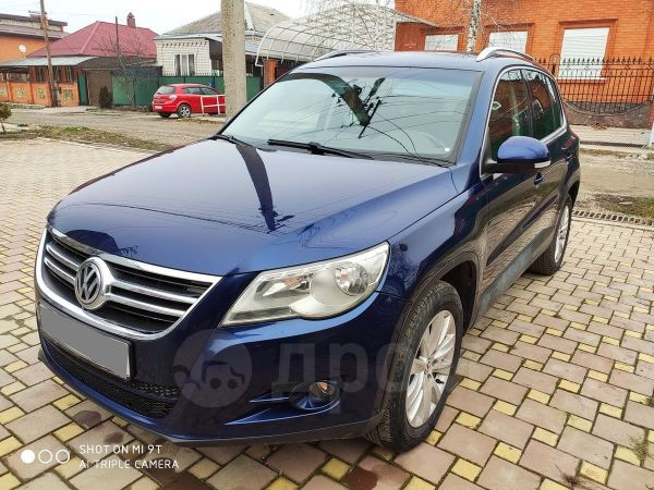 Volkswagen Tiguan, 2009 год, 499 000 руб.