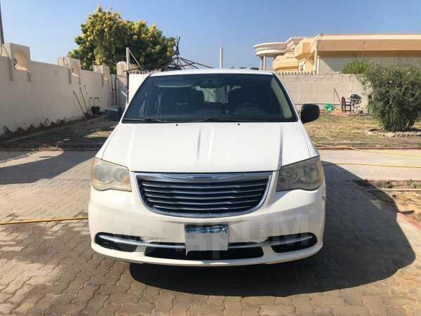 Chrysler Grand Voyager, 2011 год, 900 000 руб.