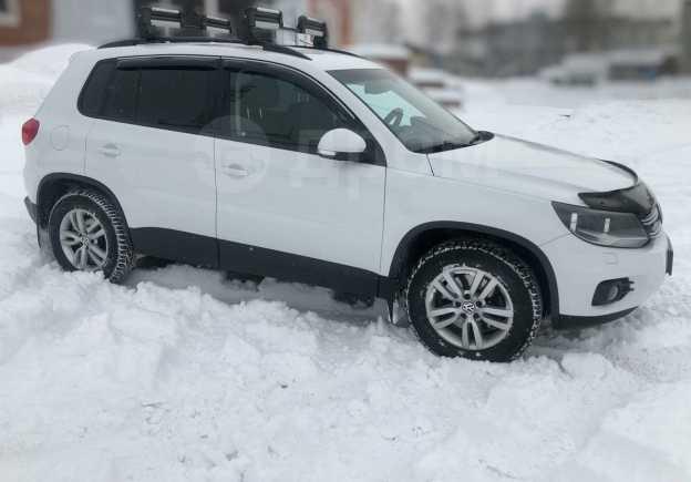 Volkswagen Tiguan, 2015 год, 1 100 000 руб.