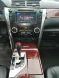 Toyota Camry, 2012 год, 990 000 руб.