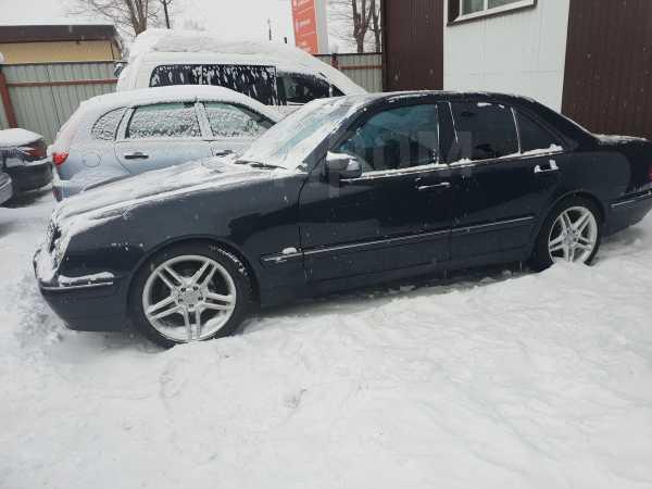 Mercedes-Benz E-Class, 2000 год, 305 000 руб.