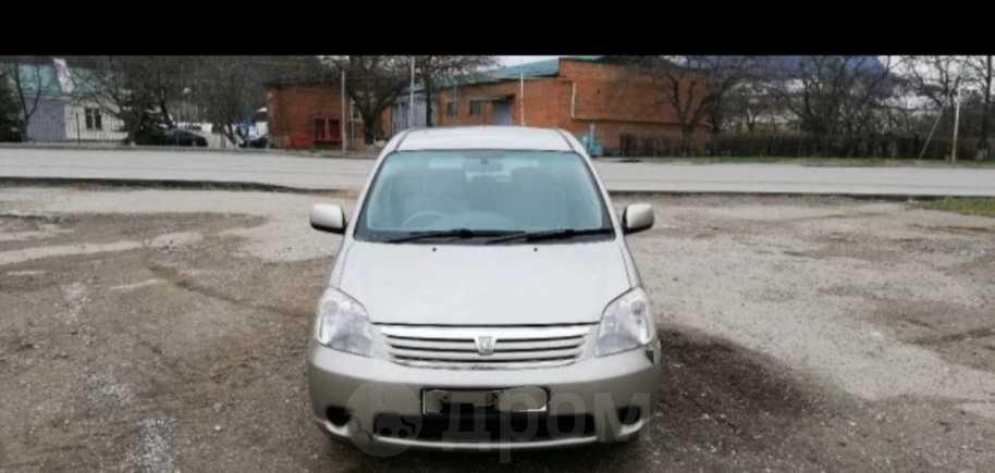 Toyota Raum, 2003 год, 335 000 руб.