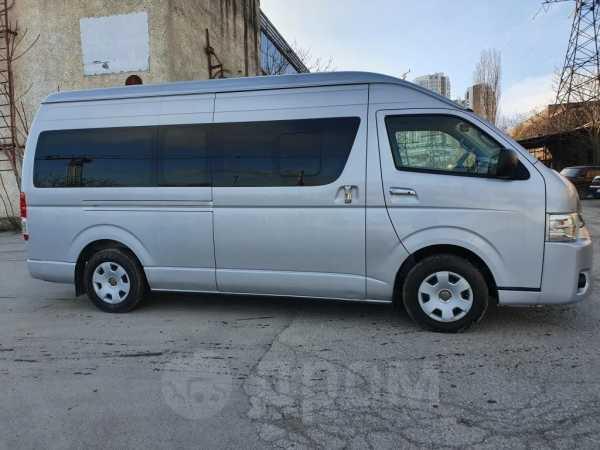 Toyota Hiace, 2014 год, 1 450 000 руб.