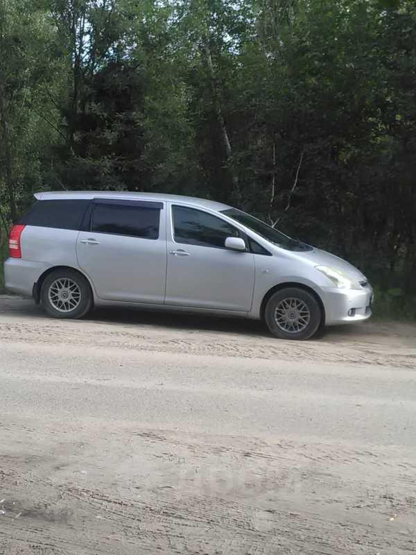 Toyota Wish, 2003 год, 435 000 руб.
