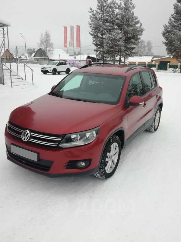 Volkswagen Tiguan, 2012 год, 650 000 руб.