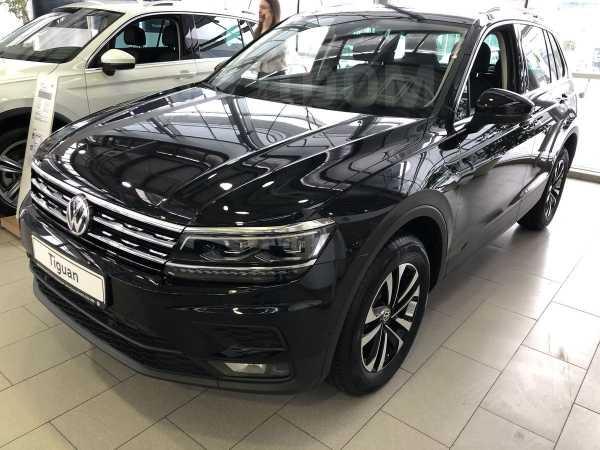 Volkswagen Tiguan, 2019 год, 1 981 500 руб.