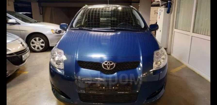 Toyota Auris, 2007 год, 385 000 руб.