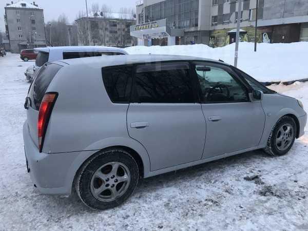Toyota Opa, 2001 год, 255 000 руб.