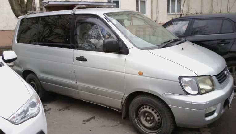 Toyota Lite Ace Noah, 2000 год, 315 000 руб.