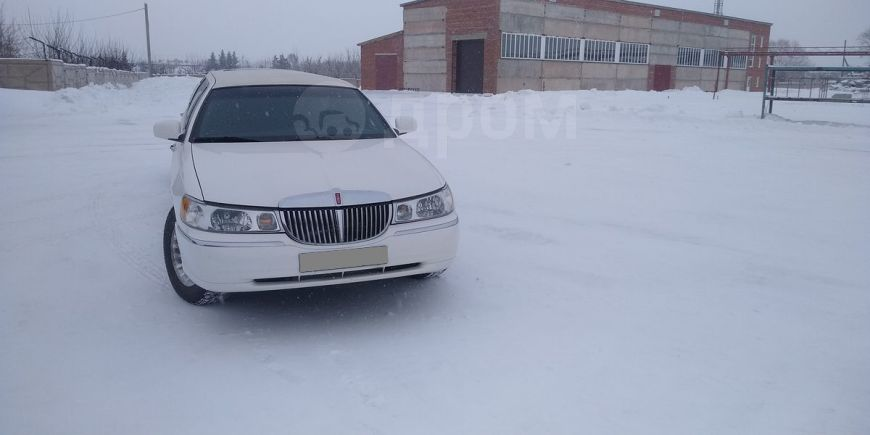 Lincoln Town Car, 2001 год, 700 000 руб.