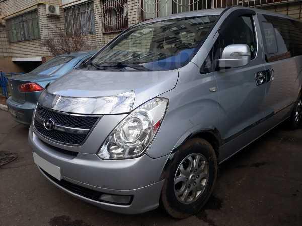 Hyundai Grand Starex, 2010 год, 890 000 руб.