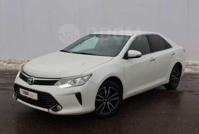 Toyota Camry, 2016 год, 1 140 000 руб.