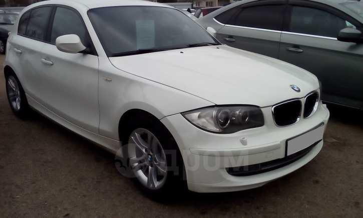 BMW 1-Series, 2011 год, 575 000 руб.