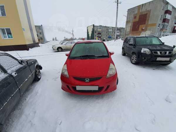 Honda Fit, 2006 год, 275 000 руб.