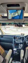 Toyota Alphard, 2004 год, 800 000 руб.