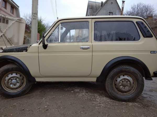 Лада 4x4 2121 Нива, 1992 год, 110 000 руб.