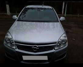 Астрахань Opel Astra 2011