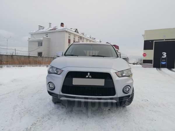Mitsubishi Outlander, 2011 год, 655 000 руб.