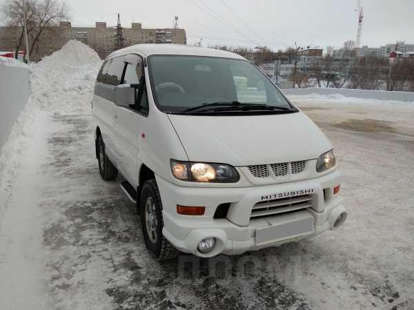 Mitsubishi Delica, 2004 год, 385 000 руб.