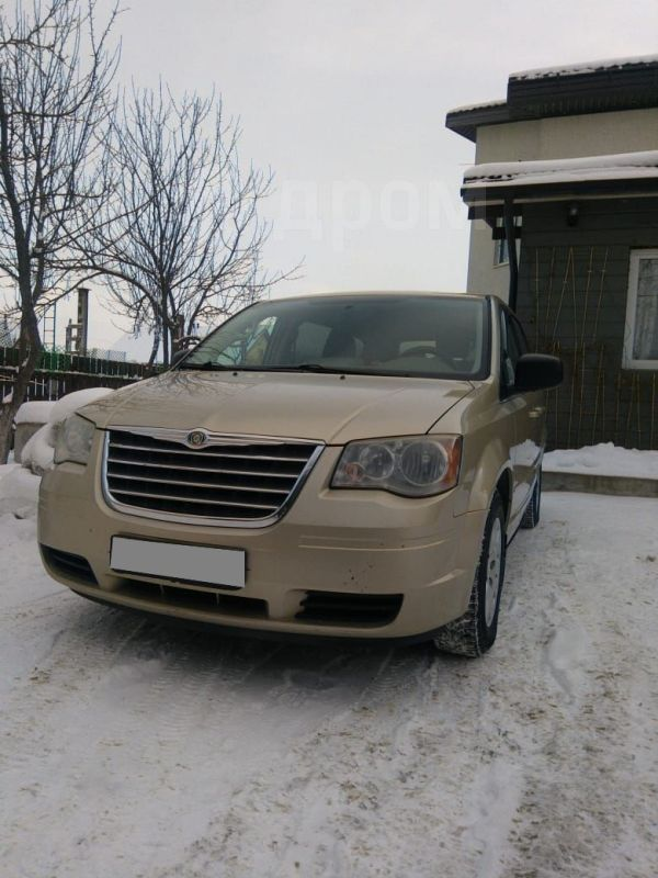 Chrysler Town&Country, 2010 год, 650 000 руб.