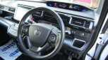 Honda Stepwgn, 2016 год, 1 520 000 руб.