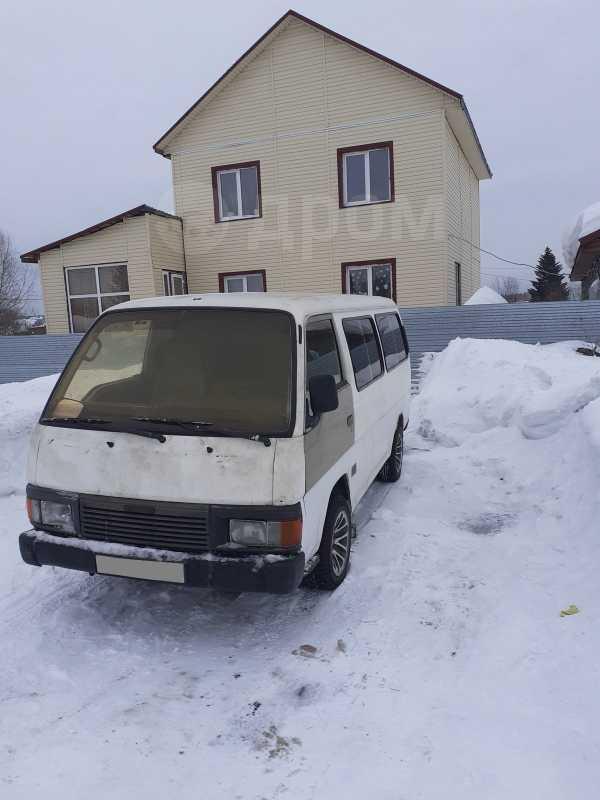 Nissan Urvan, 1988 год, 125 000 руб.