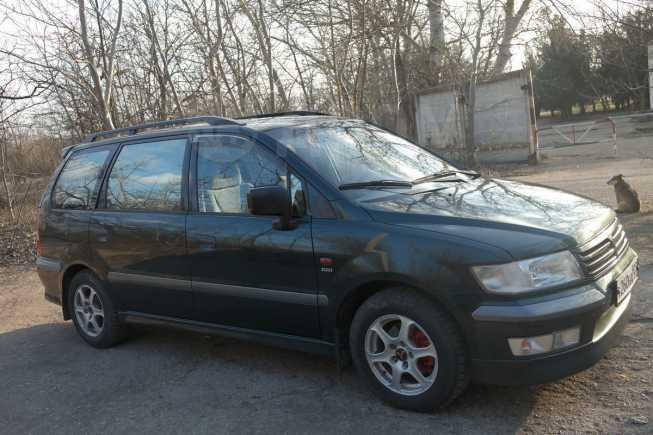 Mitsubishi Space Wagon, 1999 год, 330 000 руб.